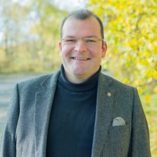 Dr. Uwe Heinemann